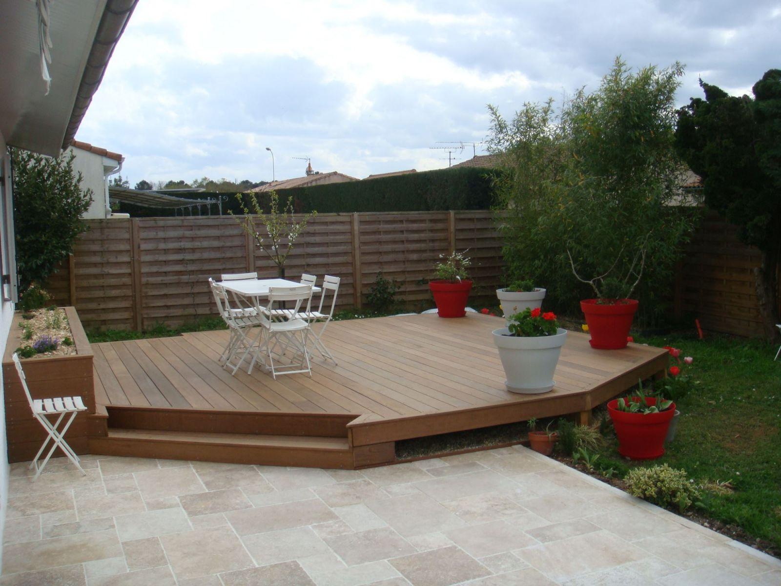 Terrasse Mélange Bois Et Pierre réalisation d'une terrasse en bois exotique et d'une