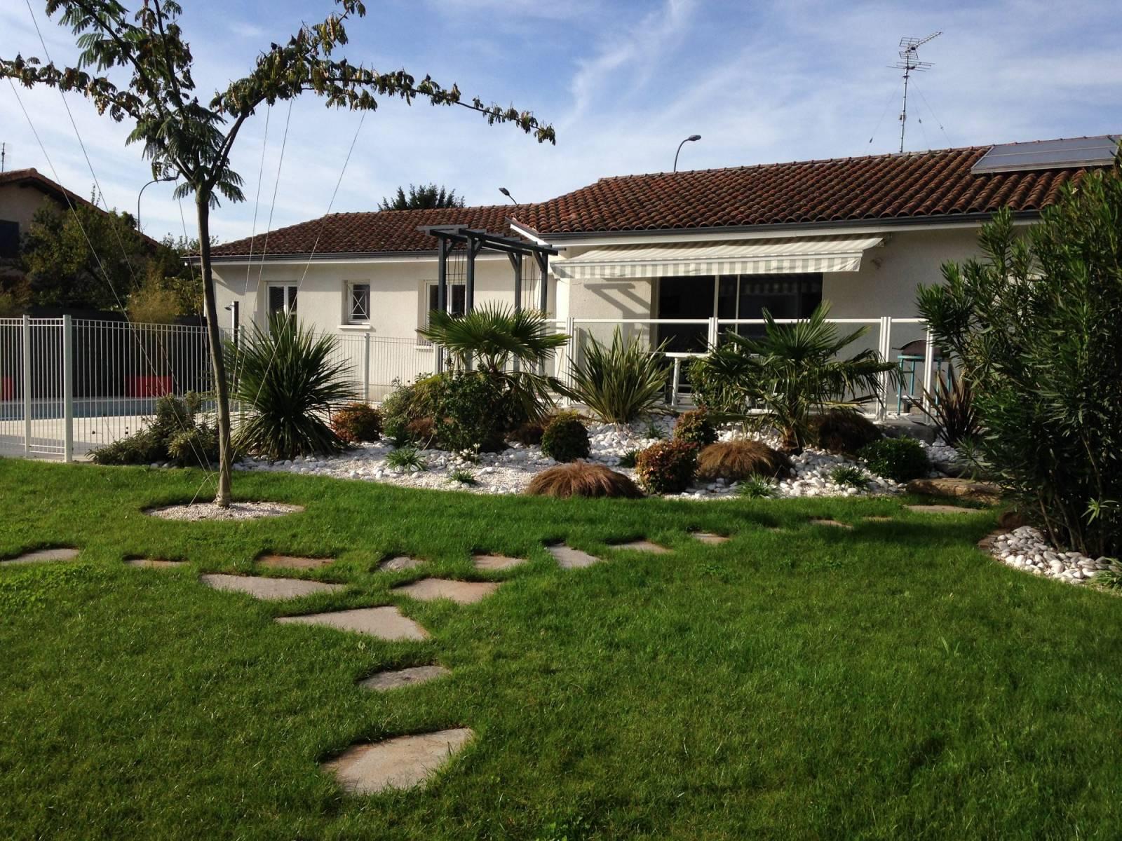 Conception et r alisation d 39 un jardin m diterran en par un for Realisation paysagiste jardin
