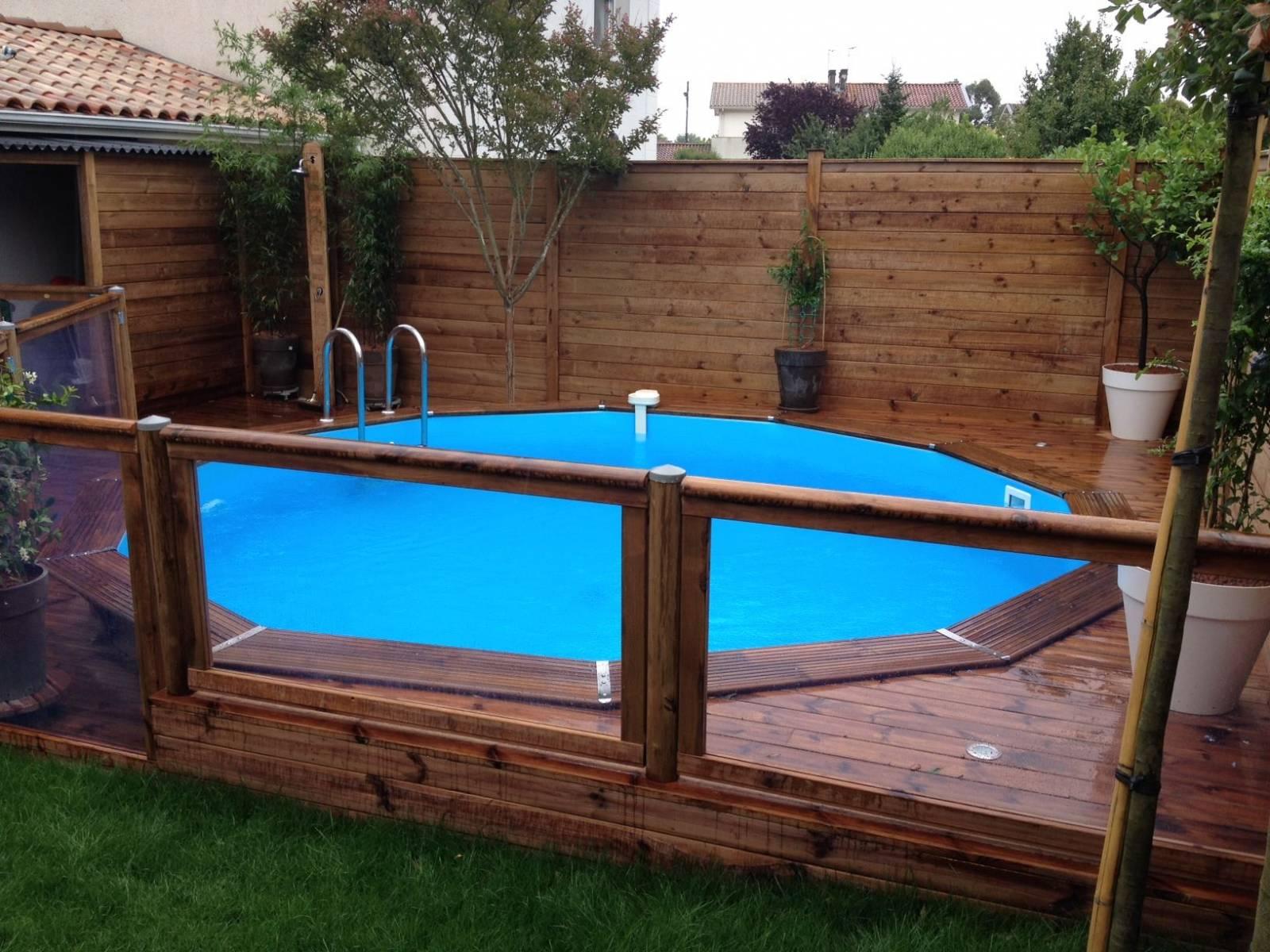 Paysagiste pour pose de cl ture en bois saint aubin de for Cloture bois piscine