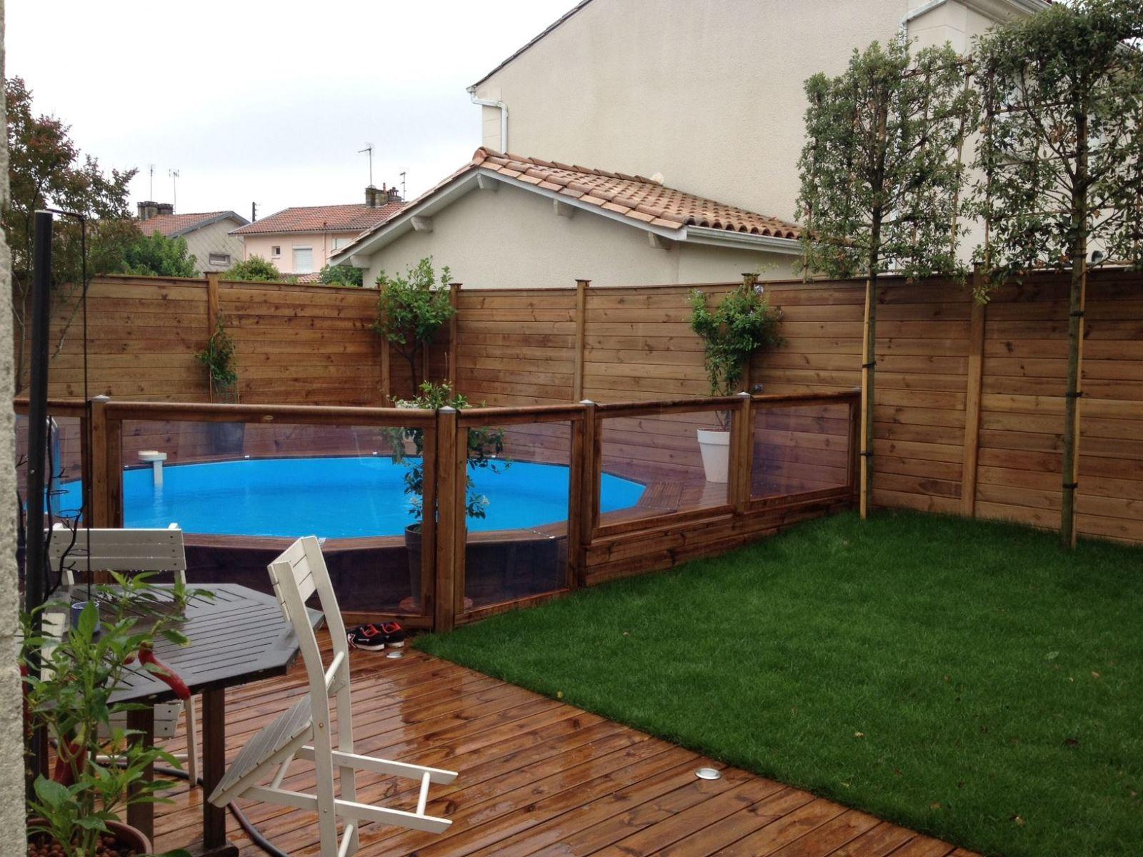 Am nagement d 39 un jardin de ville par un paysagiste bruges am nagement de jardin par un - Jardin cloture amenagement ...